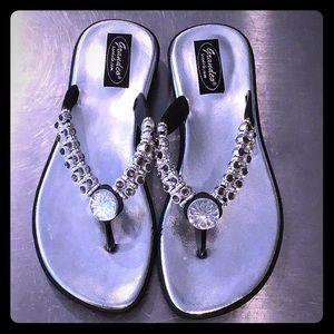 NEW💎Jeweled Sandals 
